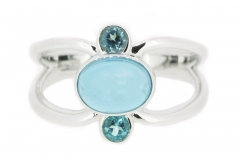 Cabachon topaz split band ring in 9ct white gold