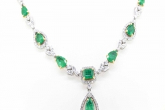 18ct white gold natural Emerald & Diamond Necklace