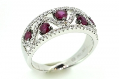 18ct white gold natural Ruby & Diamond ring
