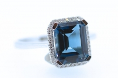 White Gold London Blue Topaz ring