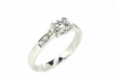 18ct White Gold Emerald cut Diamond Ring