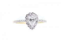 18ct gold pear shaped diamond ring