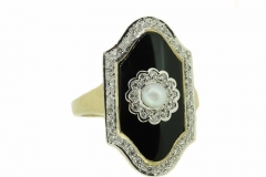 18ct yellow gold pearl, onyx and diamond ring