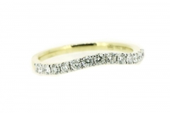 18ct yellow gold curved diamond wedding band