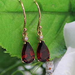 9ct Yellow Gold, Diamond & Garnet drop earrings